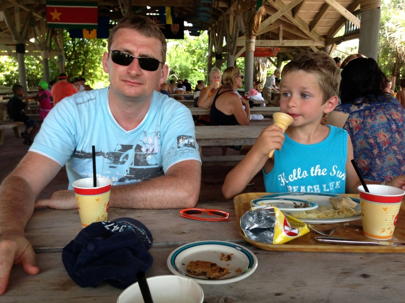 [TR] 3 semaines août 2013 en famille Universal-Disney cruise-WDW-Discovery Cove-Bush Garden-Seaworld - Page 5 Img_1111