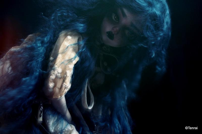 [Haunted] (Dollshe Amanda) Wayfaring Stranger (bas p34) - Page 32 Img_6113