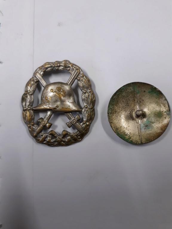 croix de fer ww1 avec rappel 1939 et badge blésse ww1 à authentifier et estimer 20191147