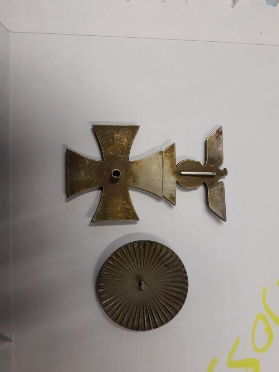 croix de fer ww1 avec rappel 1939 et badge blésse ww1 à authentifier et estimer 20191152