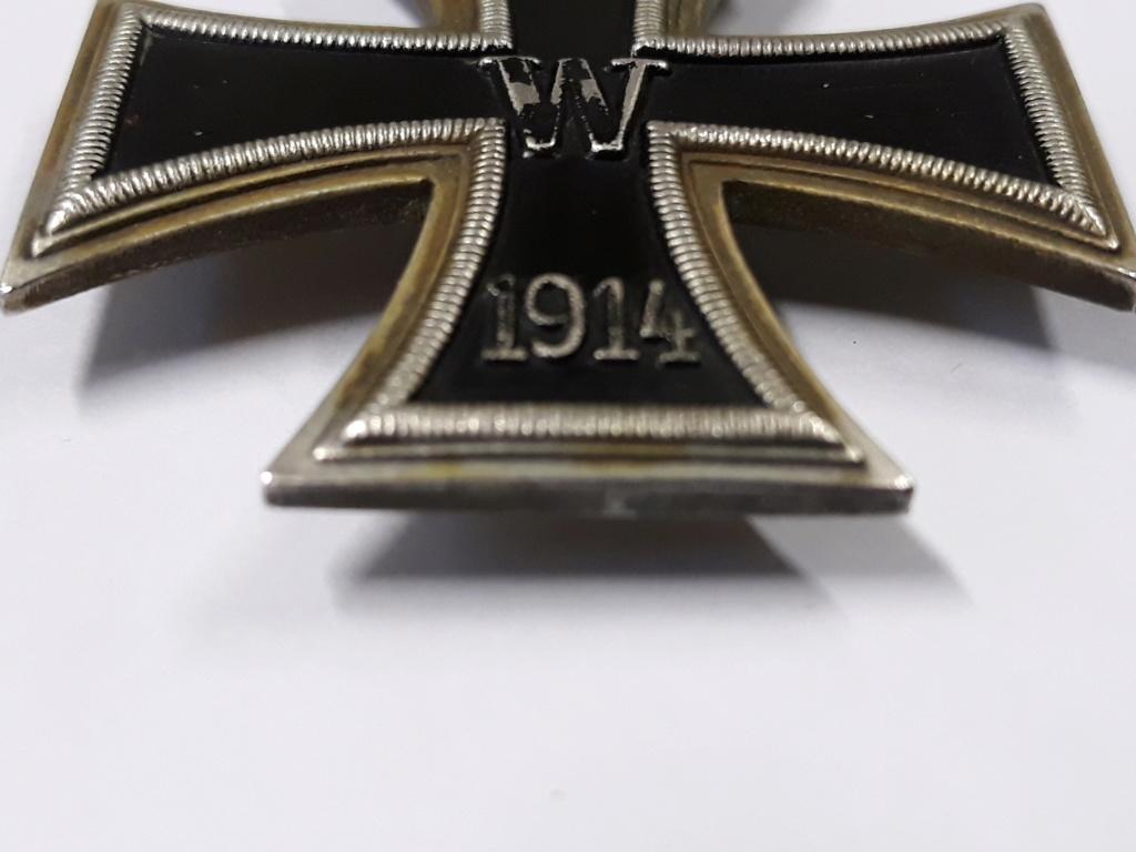 croix de fer ww1 avec rappel 1939 et badge blésse ww1 à authentifier et estimer 20191153
