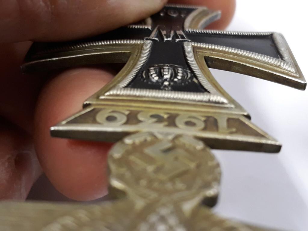 croix de fer ww1 avec rappel 1939 et badge blésse ww1 à authentifier et estimer 20191158