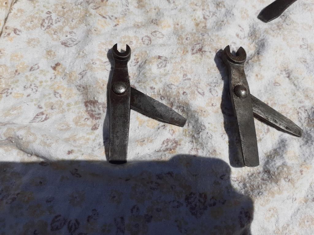 outils armurier ou entretien d'arme 20200663