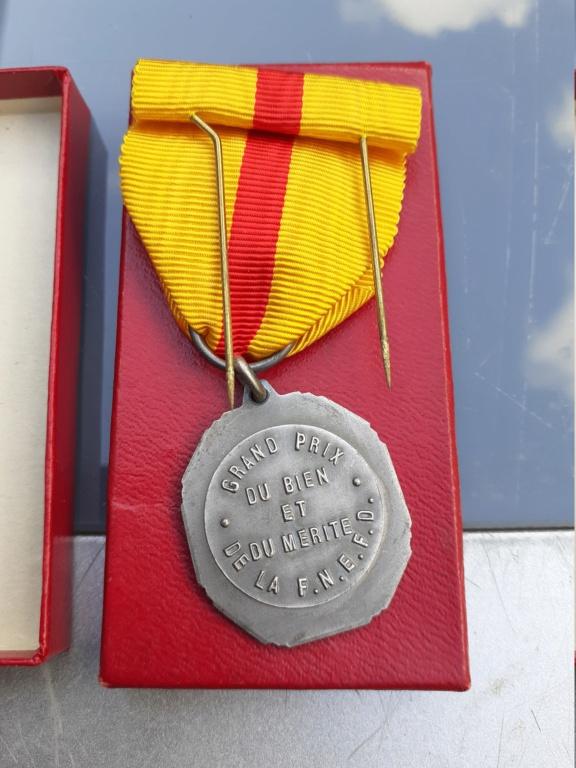 Lot de médaille Belge à identifier et estimer  20200911
