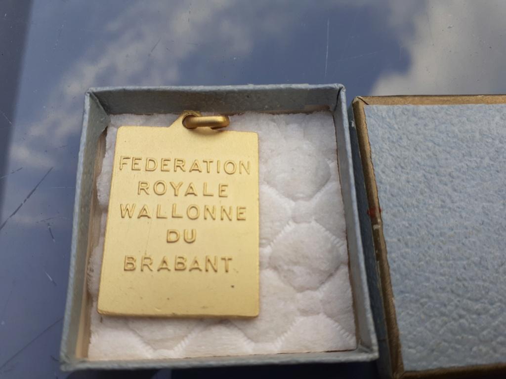 Lot de médaille Belge à identifier et estimer  20200915