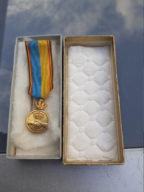 Lot de médaille Belge à identifier et estimer  20200920