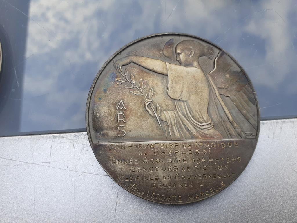 Lot de médaille Belge à identifier et estimer  20200922