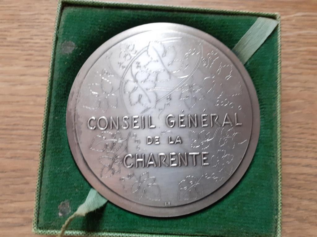 Médaille de table française civil ?? 20201111