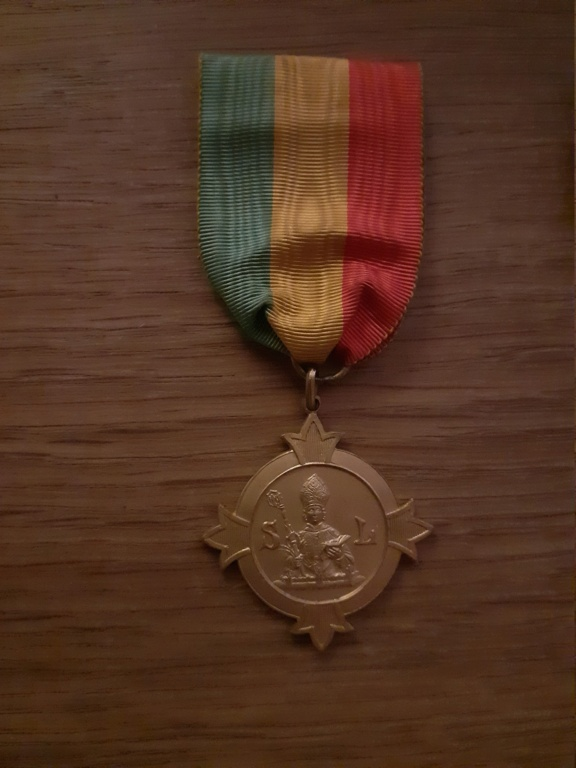 Médaille à identifier et estimer. 20210150