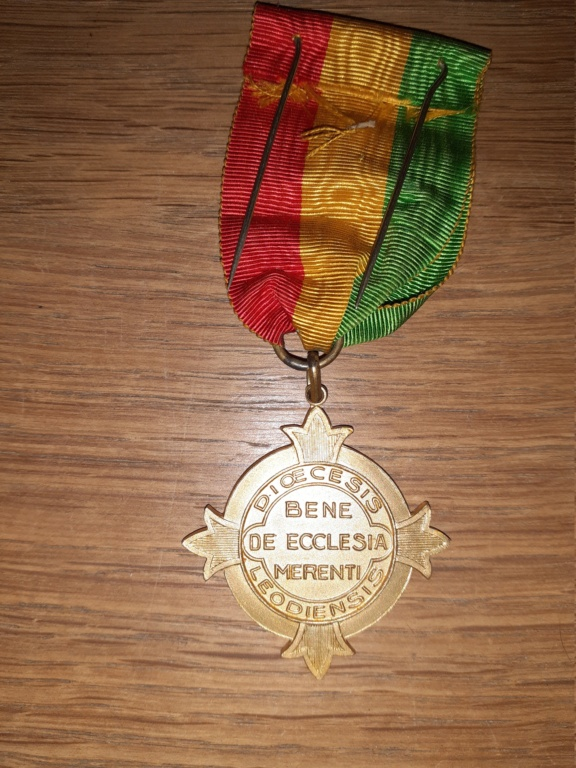Médaille à identifier et estimer. 20210152