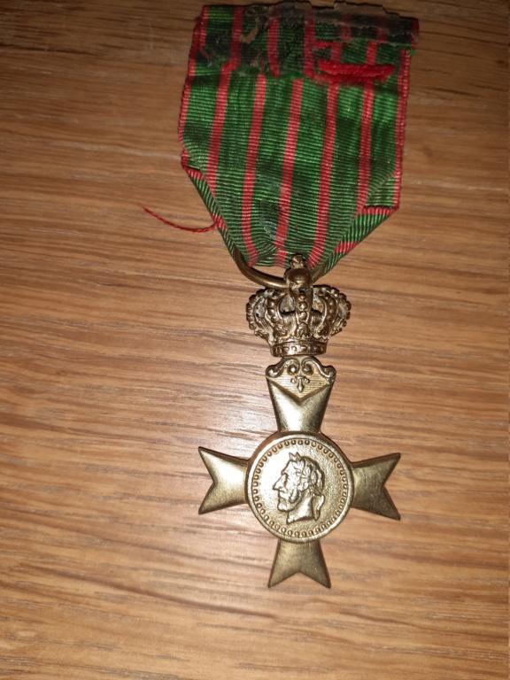 Médaille à identifier et estimer. 20210154