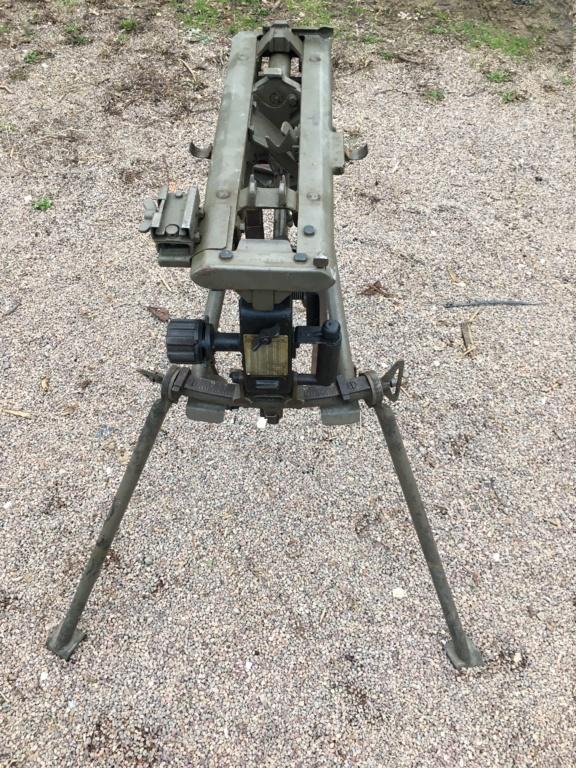 affut lourd pour MG 42 daté 1940/42 Img_1340
