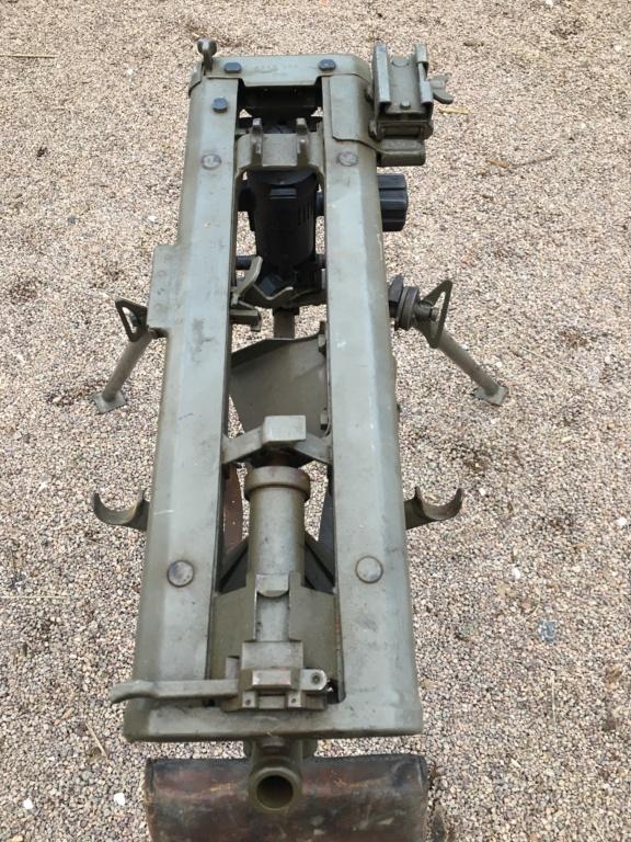 affut lourd pour MG 42 daté 1940/42 Img_1343