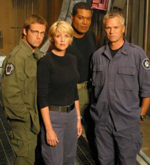 CRL - Liste des Costumes Terriens de SG-1 Crl-on10