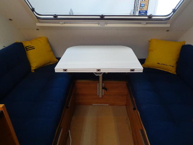 Projet d'auto-construction de caravane - Page 2 Dsc03012