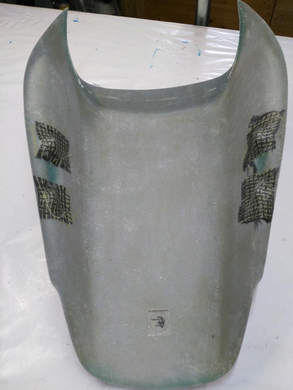 (VENDU) A vendre Capot selle 'Cup'  Img_2033