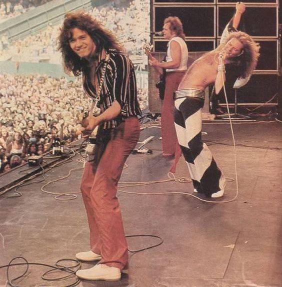 Van Halen - Page 7 39441411