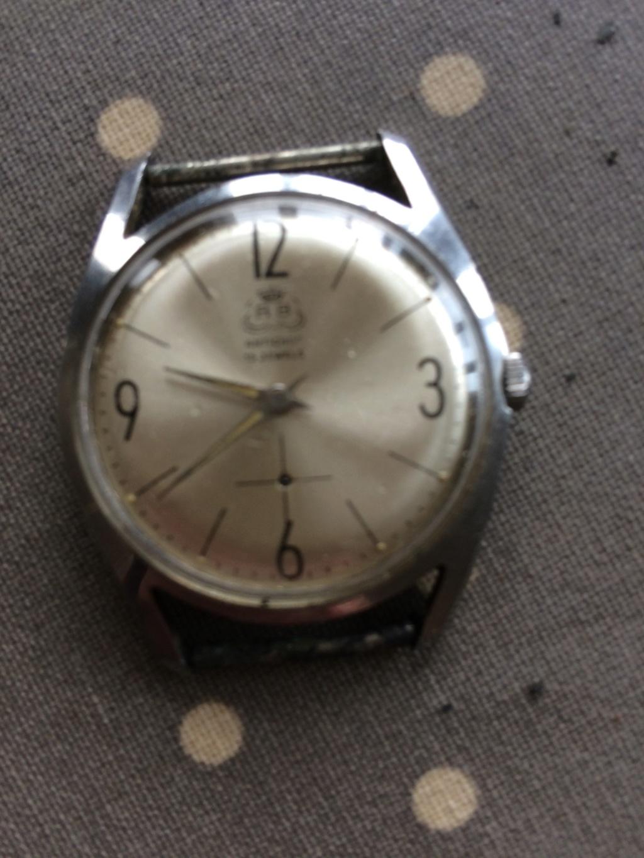 Un post qui référence les montres de brocante... tome IV - Page 40 Brocan10