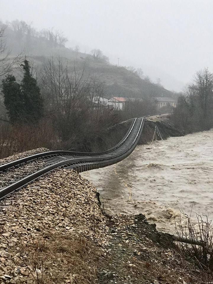 Otro incidente ferroviario - Página 5 50886310
