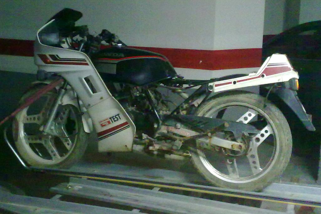 Honda MBX 75 Hurricane - Página 3 27072012