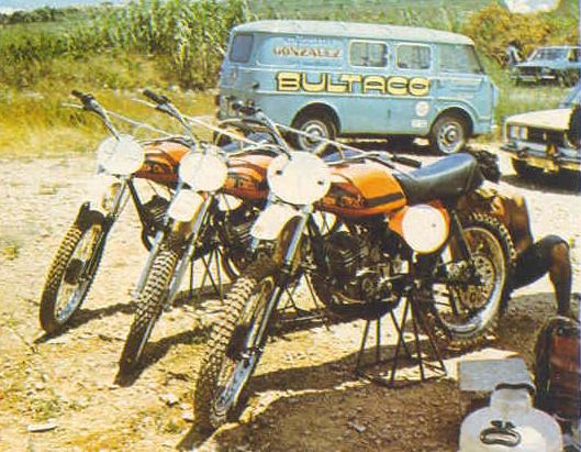 Camiones equipos de carreras de motos Copia_10
