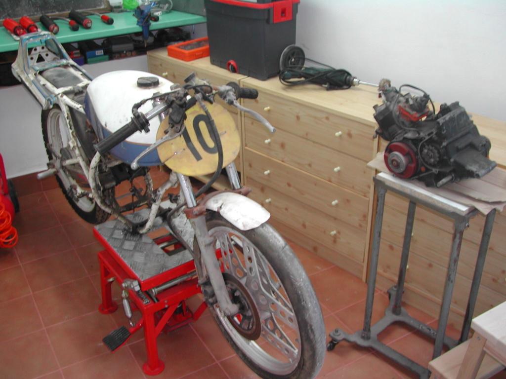 Honda MBX 75 Hurricane - Página 3 Dscn1428