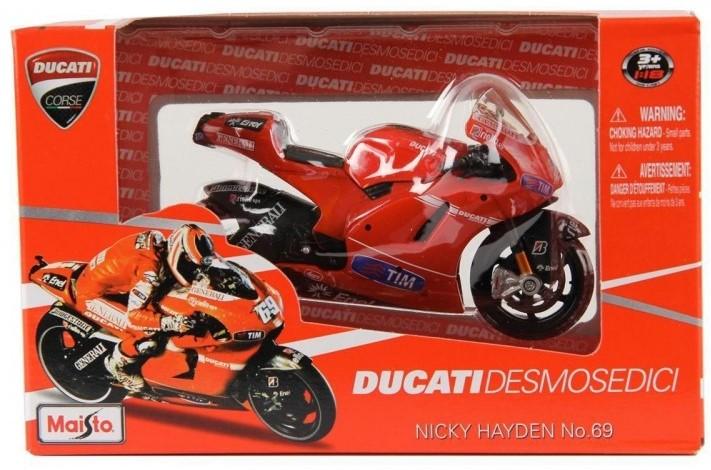 Camiones equipos de carreras de motos Ducati12