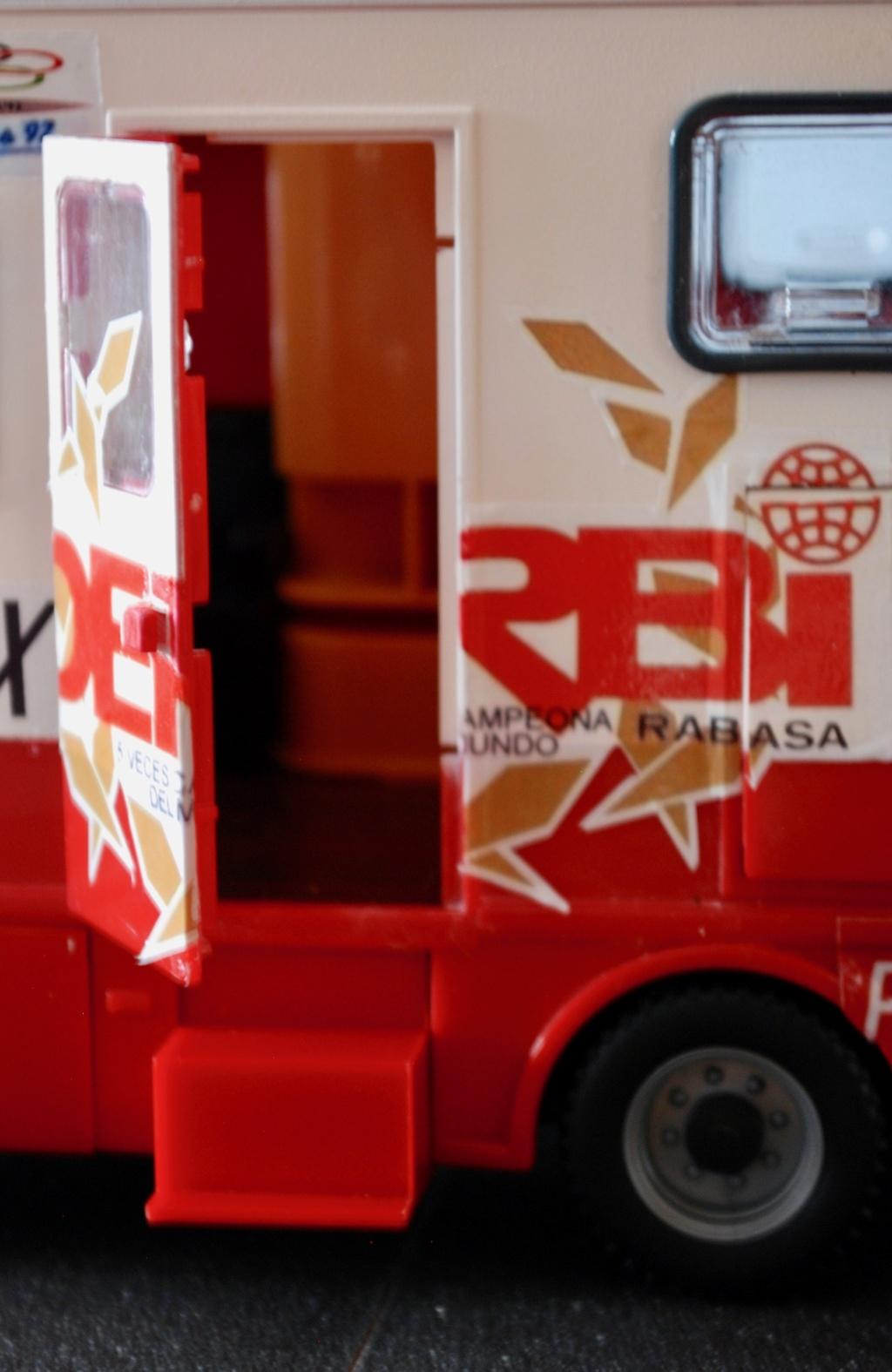 Camión Grandes Premios equipo Derbi - Página 2 Furgoa15