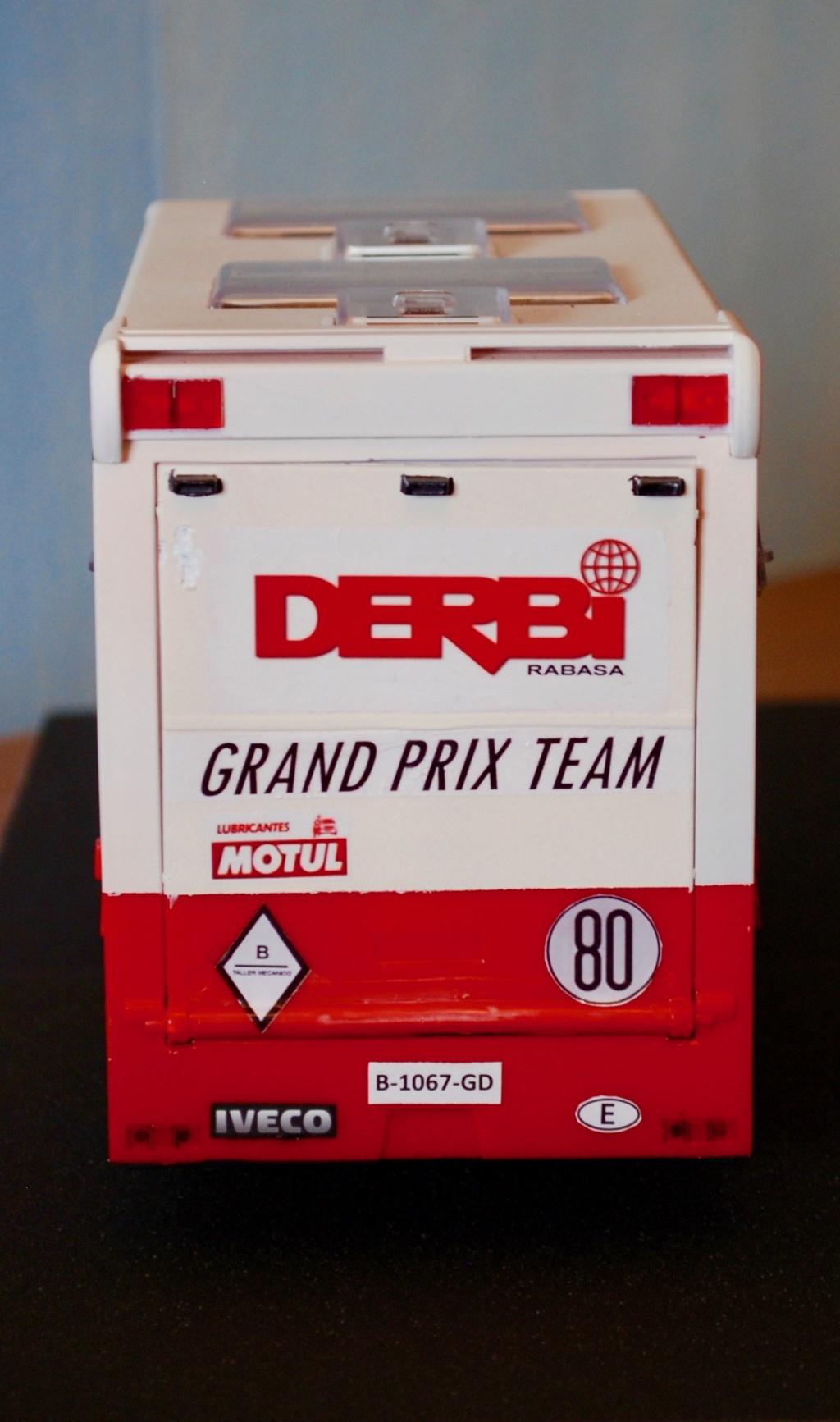 Camión Grandes Premios equipo Derbi - Página 2 Furgoa26
