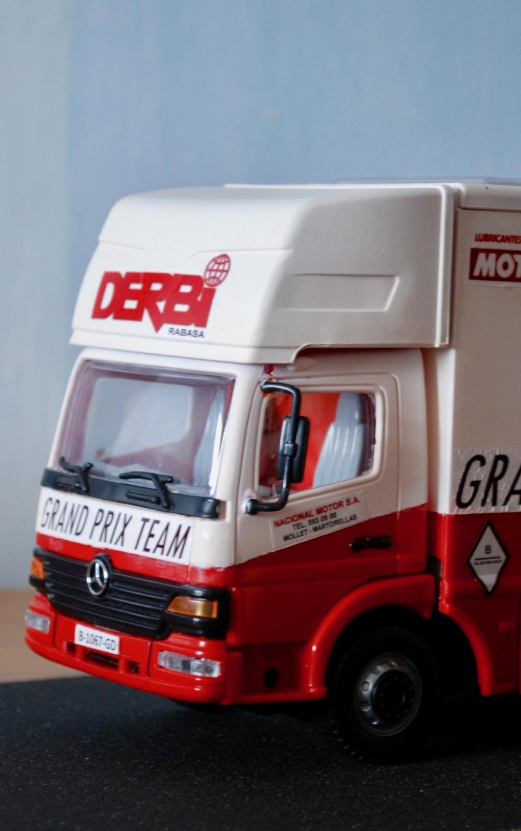 Camión Grandes Premios equipo Derbi - Página 2 Furgoa28