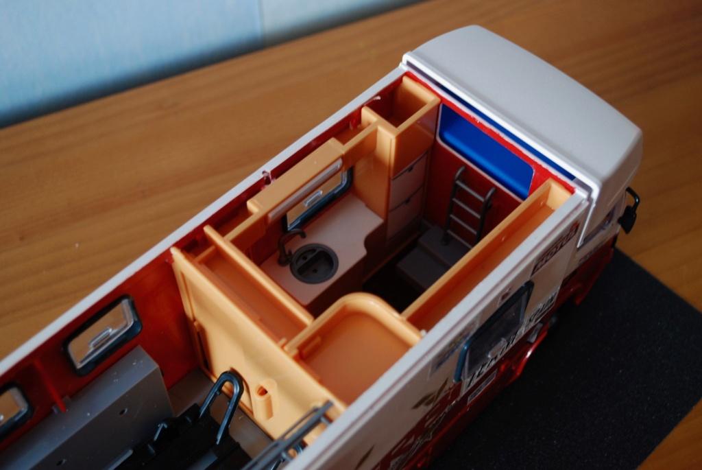 Camión Grandes Premios equipo Derbi - Página 2 Furgoa30