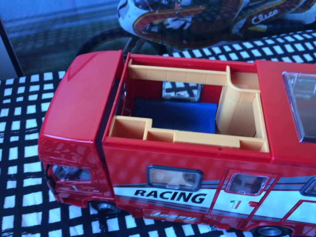 derbi - Camión Grandes Premios equipo Derbi Img_6810