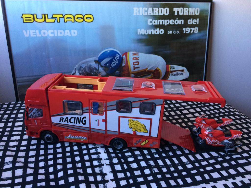 derbi - Camión Grandes Premios equipo Derbi Img_6811