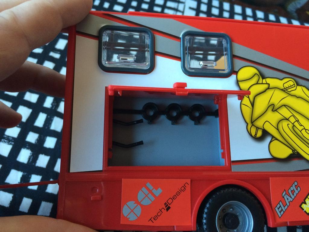 derbi - Camión Grandes Premios equipo Derbi Img_6825