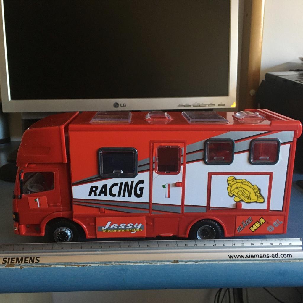 derbi - Camión Grandes Premios equipo Derbi Img_7618