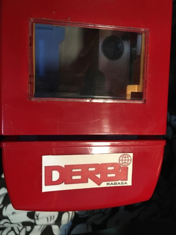 derbi - Camión Grandes Premios equipo Derbi Img_8634