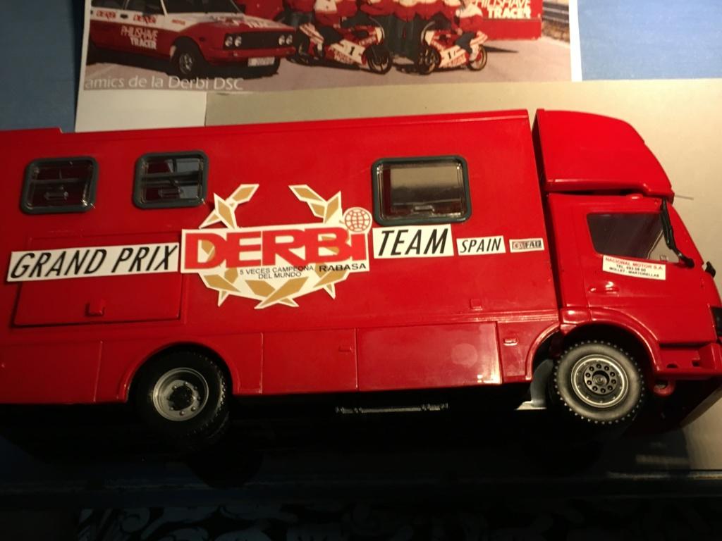 derbi - Camión Grandes Premios equipo Derbi Img_8635