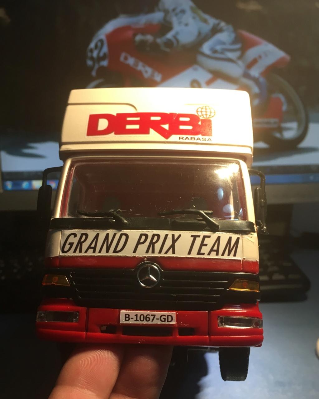 derbi - Camión Grandes Premios equipo Derbi Img_9016