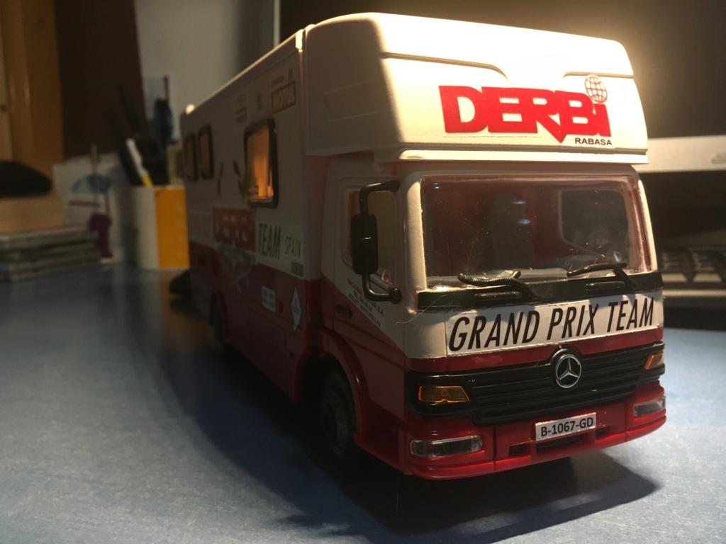 derbi - Camión Grandes Premios equipo Derbi Img_9022
