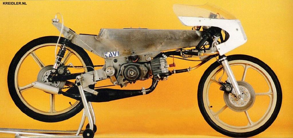 bultaco - Réplica Bultaco 50 MOTUL Carmona 1982 - Página 21 Pic1210