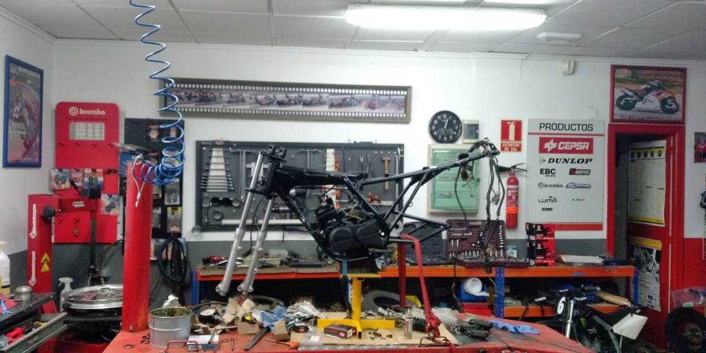 Honda MBX 75 Hurricane - Página 4 Whatsa32