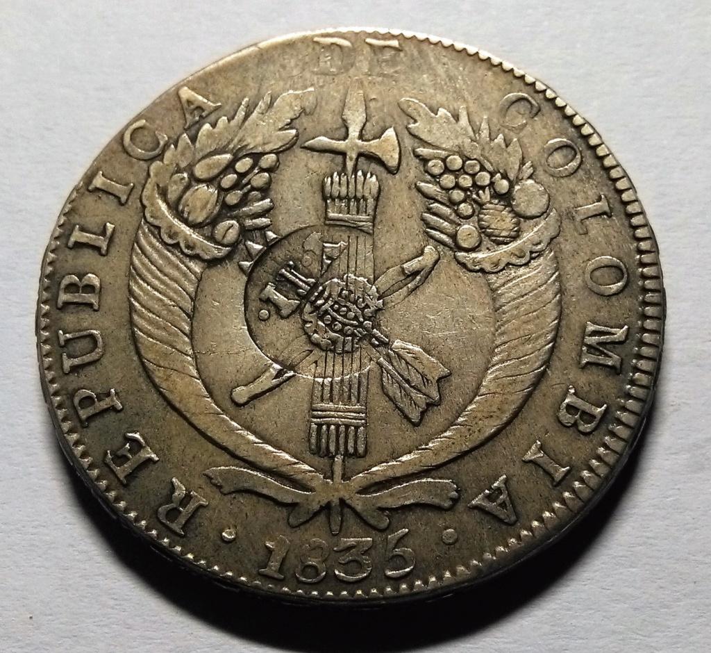 Manila: el resello de Fernando VII e Isabel II, 1828-1837. Dedicado a 10 pfennig Img_2081