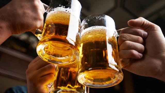 El Bar de los Bandidos - Página 8 Cervez10