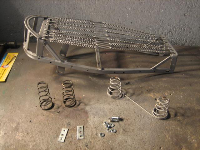Restauración asiento ciclomotor clásico Img_6973