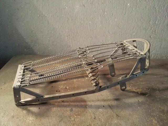 Restauración asiento ciclomotor clásico Thumbn40