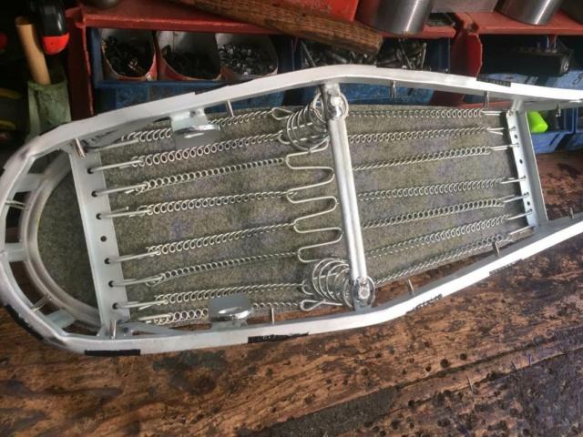 Restauración asiento ciclomotor clásico Thumbn43