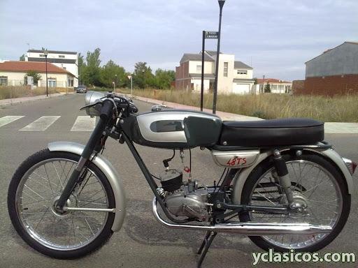 Restauración asiento ciclomotor clásico Unname10