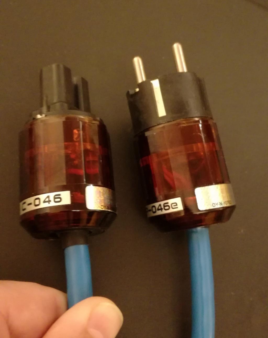 VENDIDO - Cable de red Groneberg Quattro Reference con Oyaide 046 o conectores sueltos Img_2079