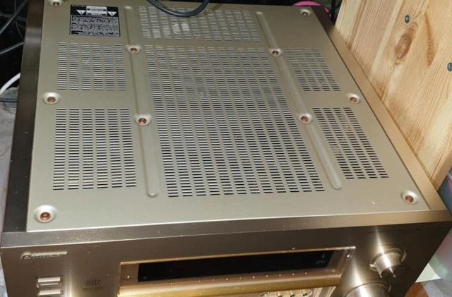 pioneer flagship home cinema amplifier (japan make)  Pionee13