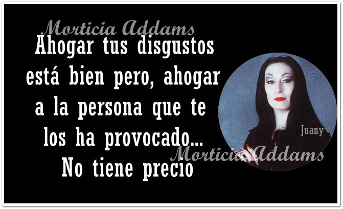 Las cosas de Morticia Addams Ahogar10